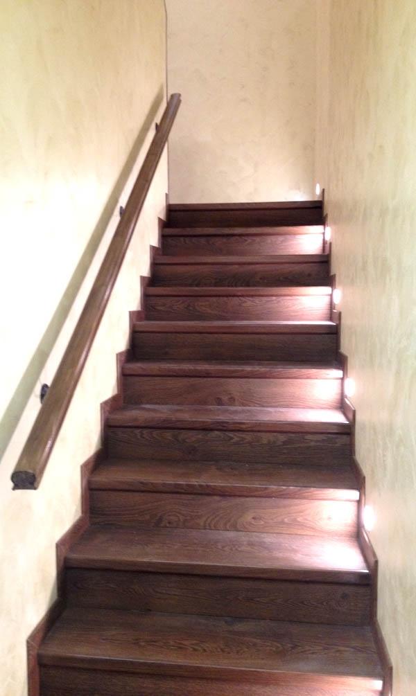 Отделка лестници ламинатом Quick-Step Classic 1381
