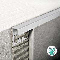 Внешний уголок для плитки из алюминия 10х10 мм.